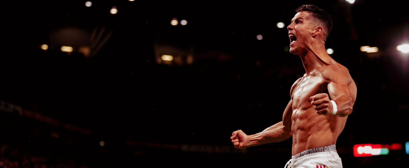 """Cristiano Ronaldo docenił rolę kibiców w zwycięskim meczu z Villarrealem. """"Muszą na nas naciskać przez cały czas""""   ManUtd.pl - Serwis kibiców klubu Manchester United"""